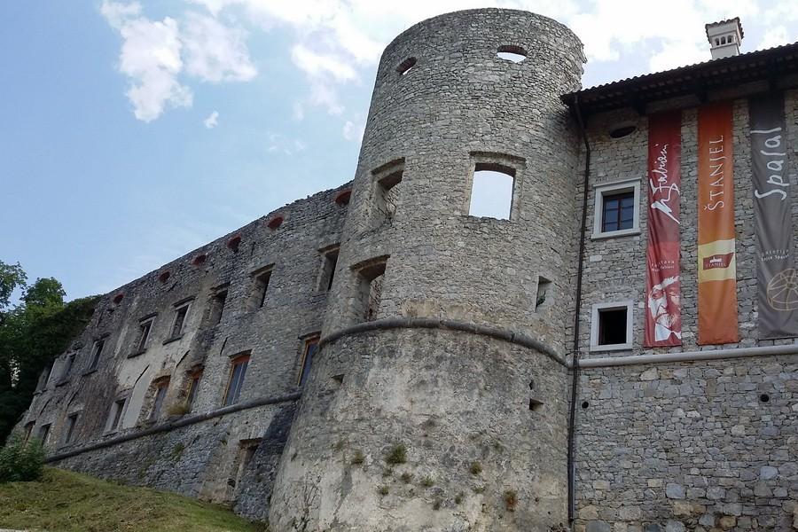 Štanjel (San Daniele del Carso), paese di retrovia dell'Armata di Boroevic...