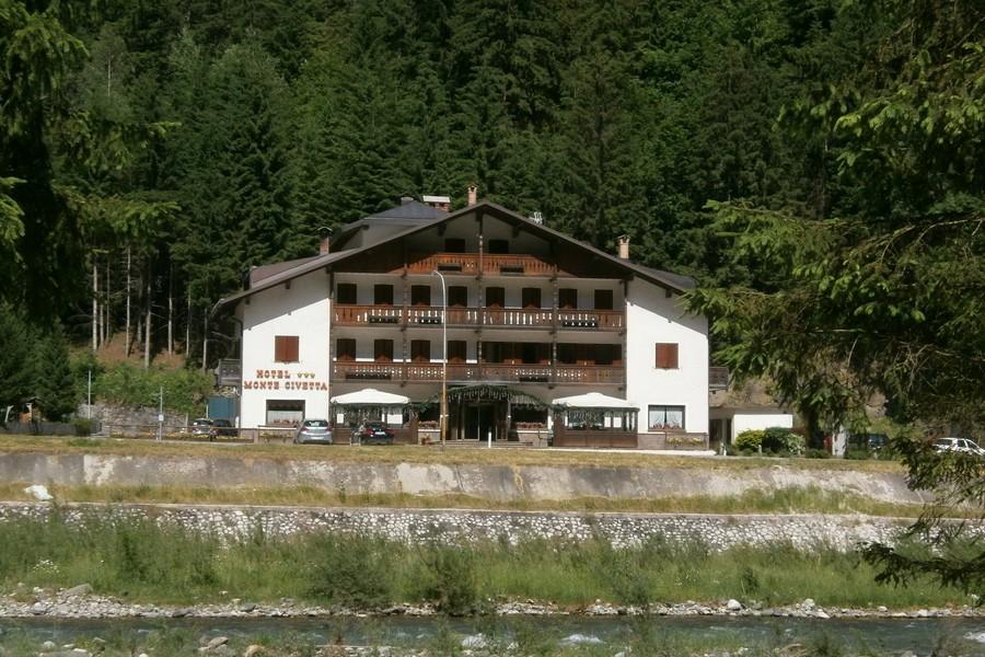 Hotel Civetta di Caprile, il nostro campo base...